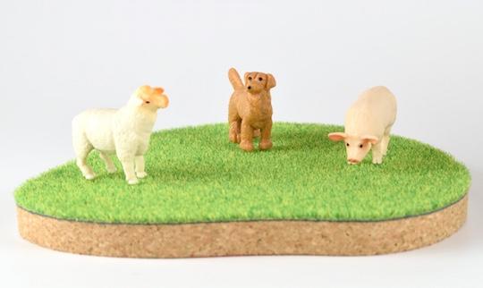 Shibaful Island Coaster with Animals