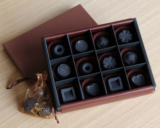 Sumi Chocolate Charcoal Set of 12