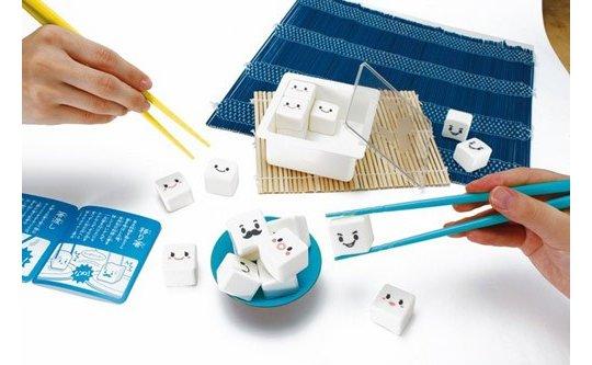 Manner Tofu-Essstäbchen-Spiel