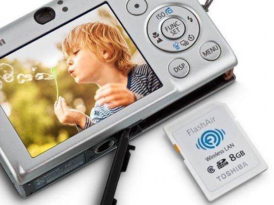 Toshiba FlashAir Wireless SDHC Memory Card