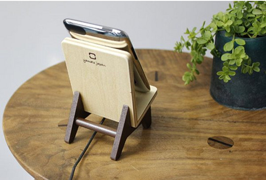 Chair Holder iPhone Stand