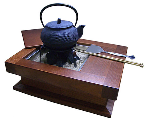 Irori Tetsubin Japanese Iron Tea Pot Set