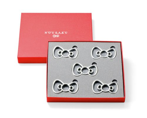 Hello Kitty Ribbon Tin Crafted Chopstick Rests
