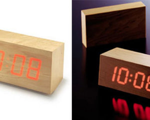 TO CA Minimalist Wood Clock