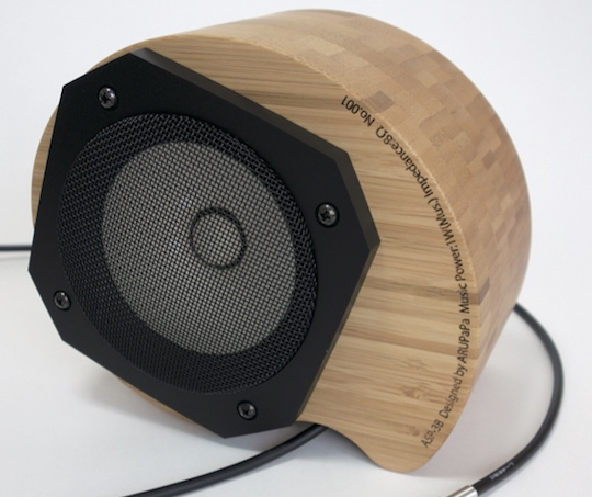 No Oto Pro Bamboo Speaker for iPhone & iPad