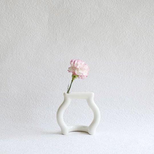 Ceramic Japan Single Flower Vase Bottle Frame Design