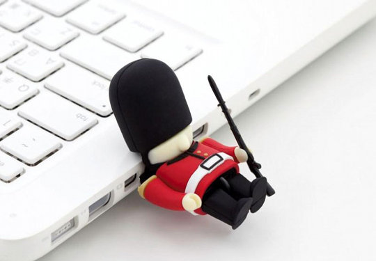 Queens Guard Driver USB Memory Stick