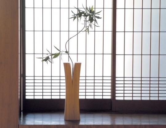 Lin Flower Vase