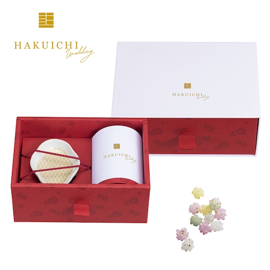Hakuichi Gold Leaf Mamezara Plate and Konpeito Gift Set