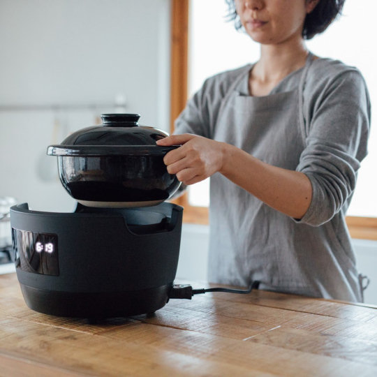 Kamadosan Denki Pot Earthenware Rice Cooker