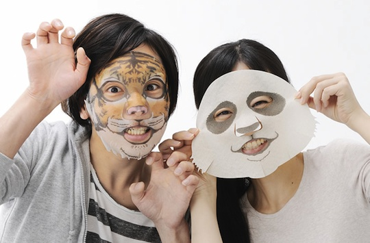 After the mask is applied, it is especially white. Be careful to add hormone to the mask.