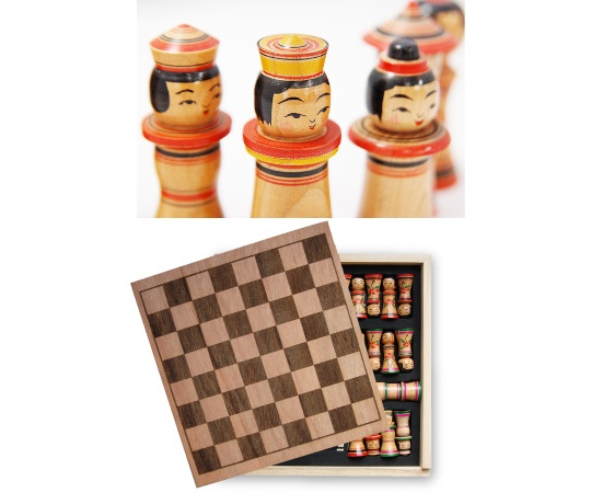 Kokesu Kokeshi Chess Set