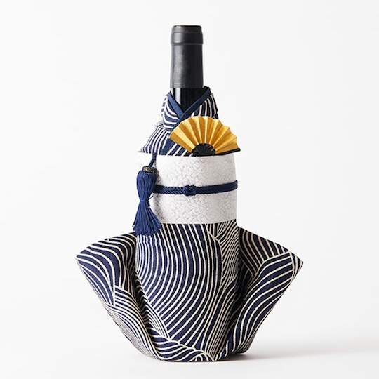 Kimono Wine Bottle Cover Modern Waves