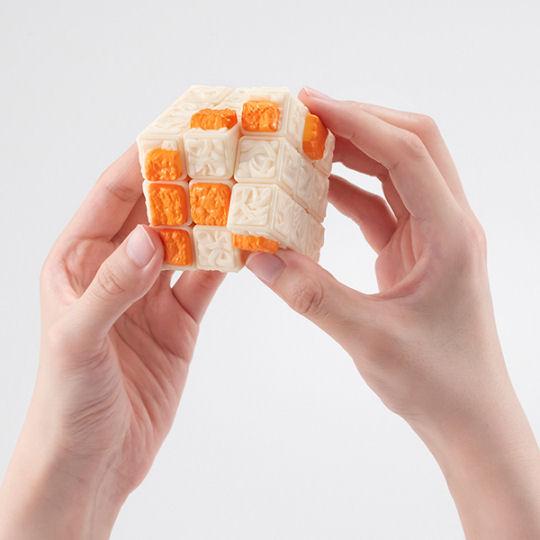 Akai Kitsune Instant Noodles Rubiks Cube
