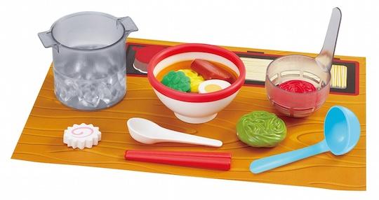 Magic Ramen Store Cooking Set