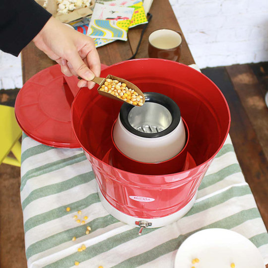 Popping Bucket for Making Popcorn