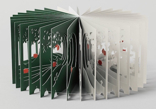 Snow White 360-Degree Book by Yusuke Oono