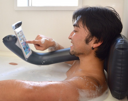 Bath Air Pillow Smartphone Holder